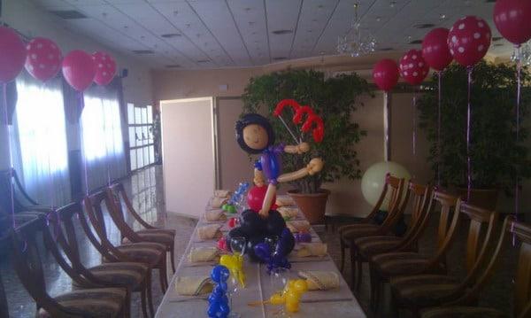 Decoraci n con globos para fiestas infantiles salones y - Casa al dia decoracion ...