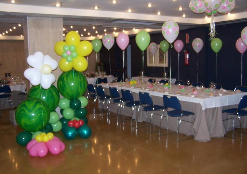 Decoraci n con globos para fiestas infantiles salones y for Locales para cumpleanos en sevilla